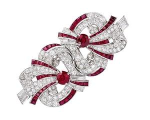 Handmade jewelry vintage Raymond Yard ruby and diamond platinum double clip brooch 1930