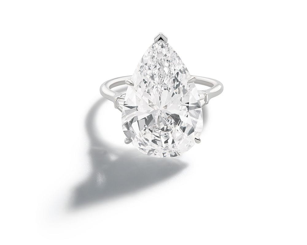 Haute joaillerie collection Harry Winston diamond ring, 13.9 carat