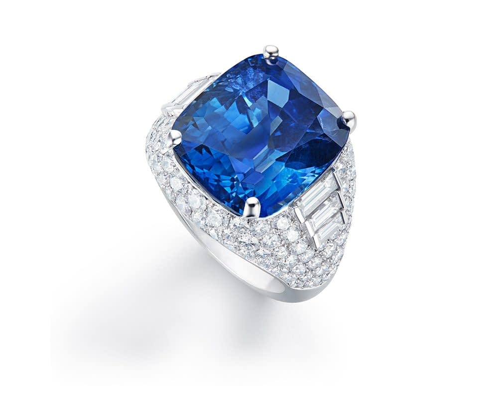 Important jewels Bulgari sapphire ring, 21.14 carat