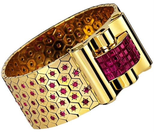 Important jewels Van Cleef & Arpels ruby sertie mysterieux ludo hexagone bracelet, 1939