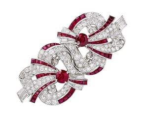 Handmade jewelry vintage Raymond Yard ruby and diamond platinum double clip brooch 1930