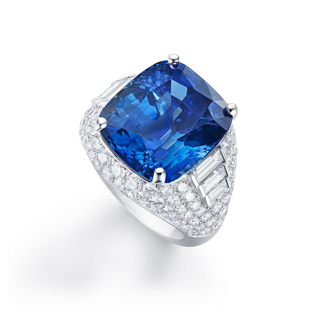 Jewelry and art Bulgari sapphire ring, 21.14 carat