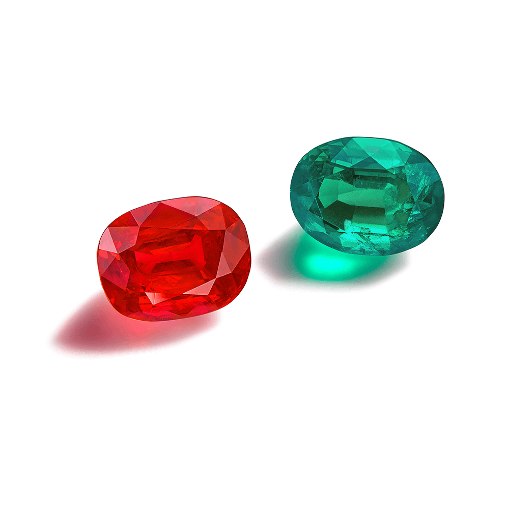Jewelry creations Pigeon blood Burmese ruby 5.65 carats. Untreated Colombian emerald 4.10 carats