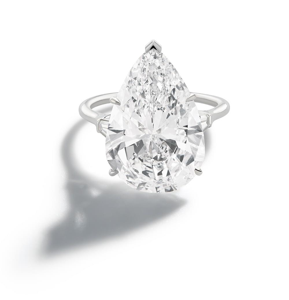 Jewelry and art Harry Winston diamond ring, 13.9 carat